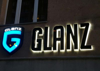 GLANZ Backlit building sign