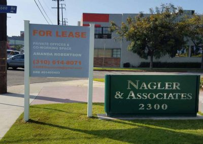 for lease stand signs
