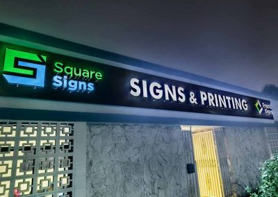 lighted letter signs for businesses