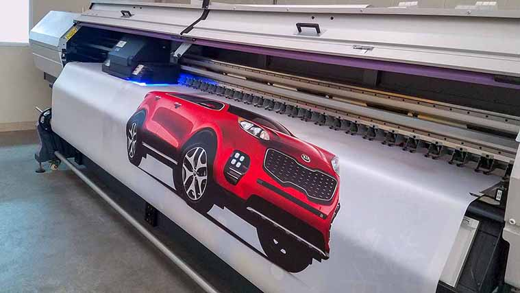 Printing a big Vinyl Banner with an image of a car