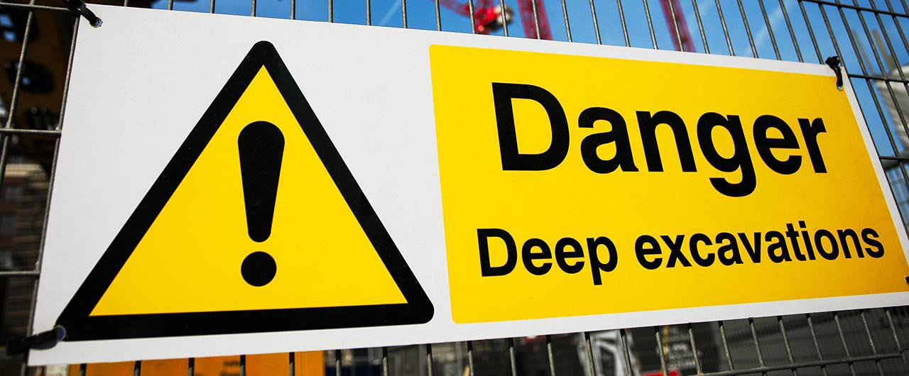Danger safety sign direct printed on aluminum material - Front signs