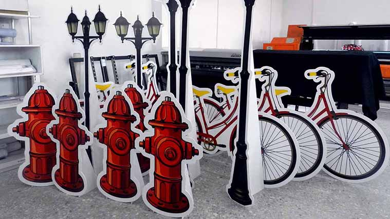 PVC decorative Stands in a shape of a bicycle and street lamp