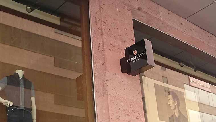 Elegant Lightbox Sign