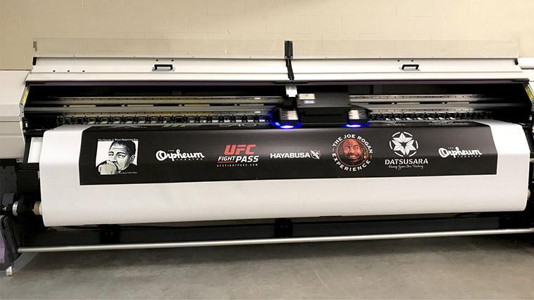 High-quality vinyl banner printing