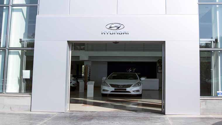 Aluminum Logo Sign for a car company salon of Hyundai
