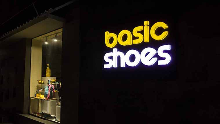 Illuminated Acrylic Channel Letters for Basic Shoes store