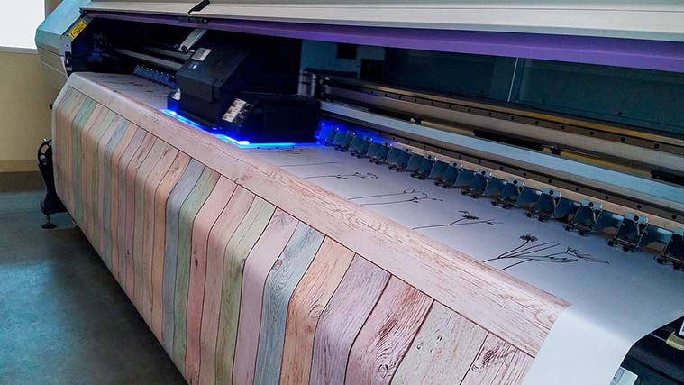 Printing a decorative banner
