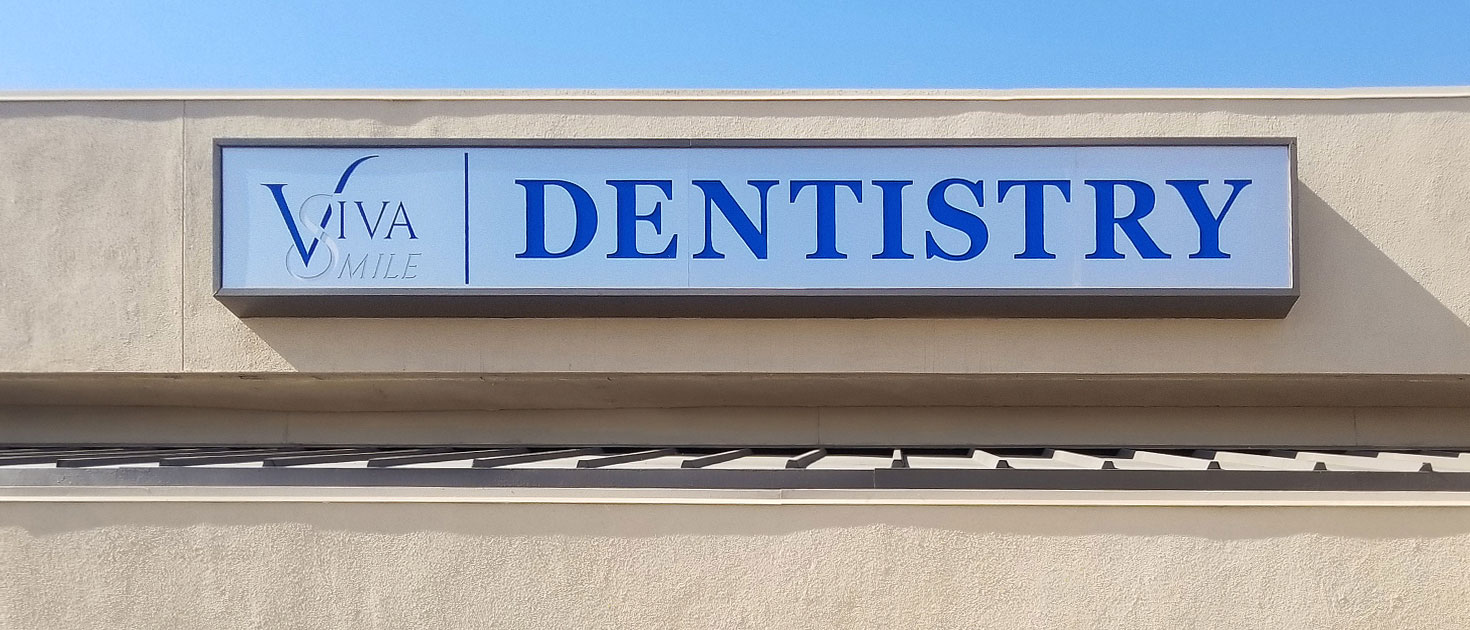 dentistry storefront lightbox sign