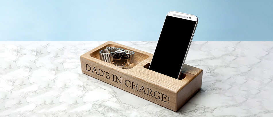 custom timber dad's in charge phone holder