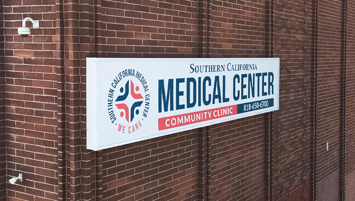 Southern California Medical Center light box sign in a big size made of acrylic and aluminum