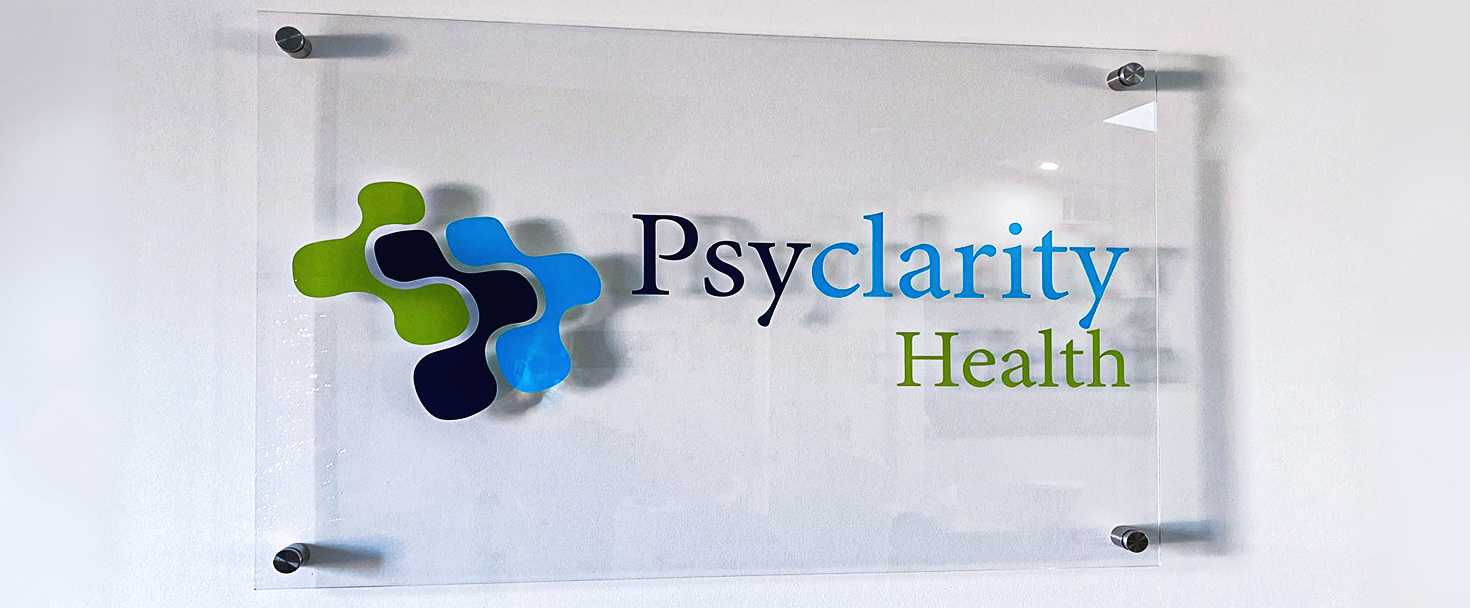 psyclarity-health-office-sign