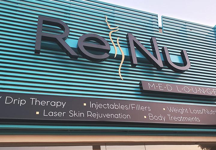renum-illuminated-signs