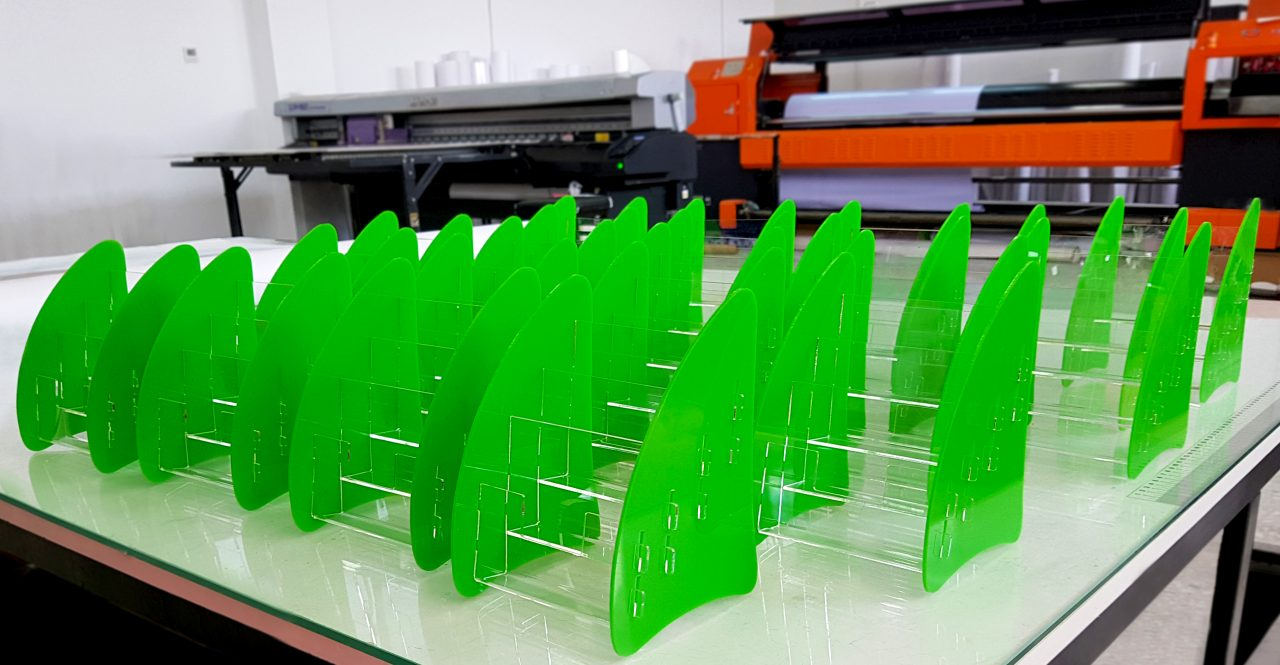 Green acrylic table stand