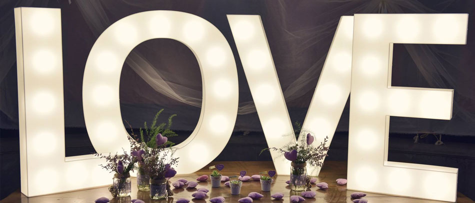 love marquee letter sign