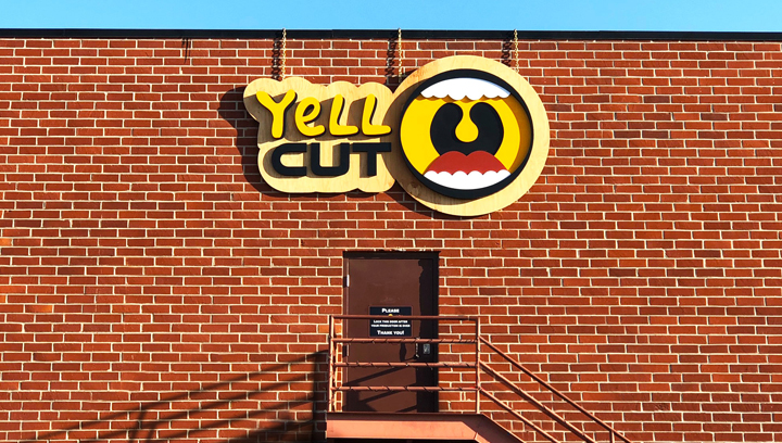 Yell cut 3d push through sign