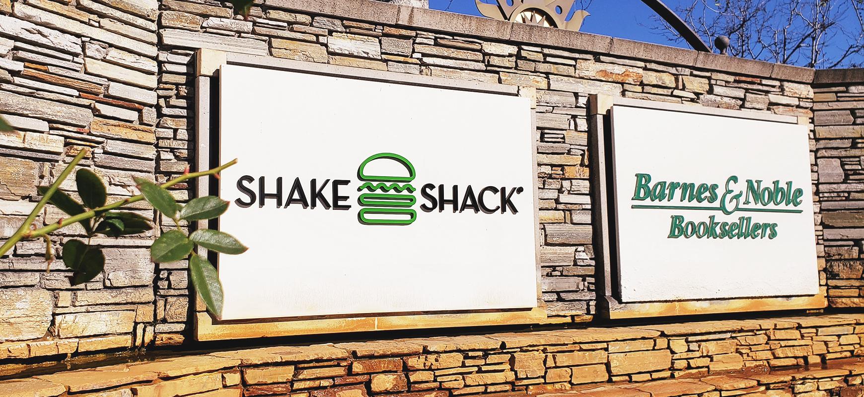 shake-shack-3d-letters