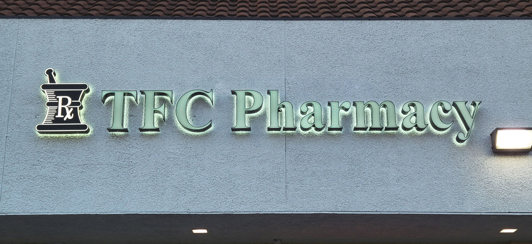 tfc-pharmacy-illuminated-signs