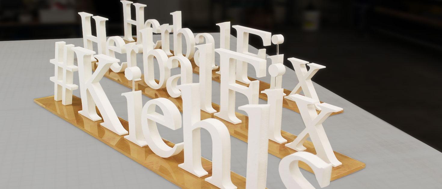 foam core 3D stand