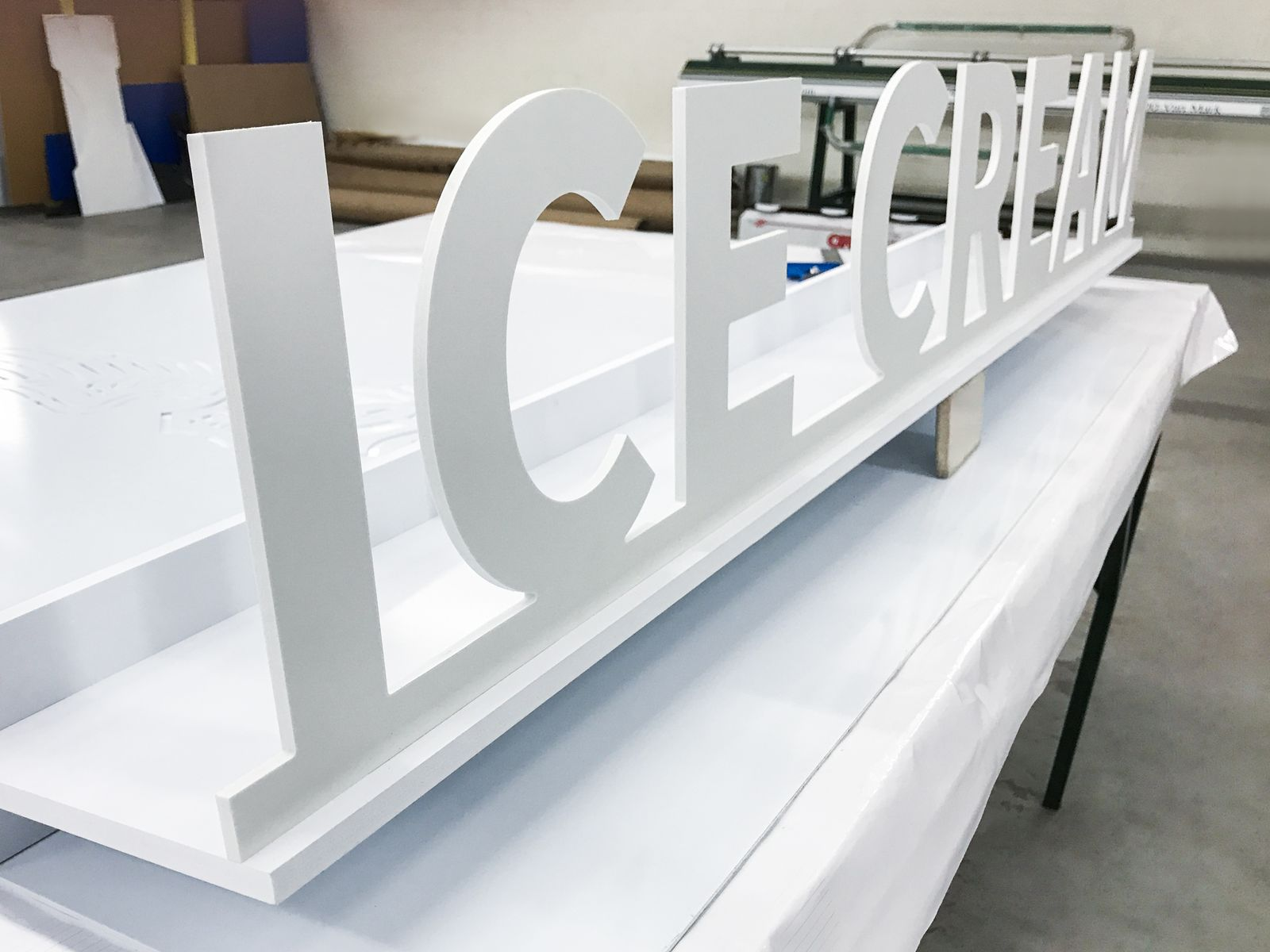 3d plastic letters stand sign with the word Ice Cream in white color made of PVC