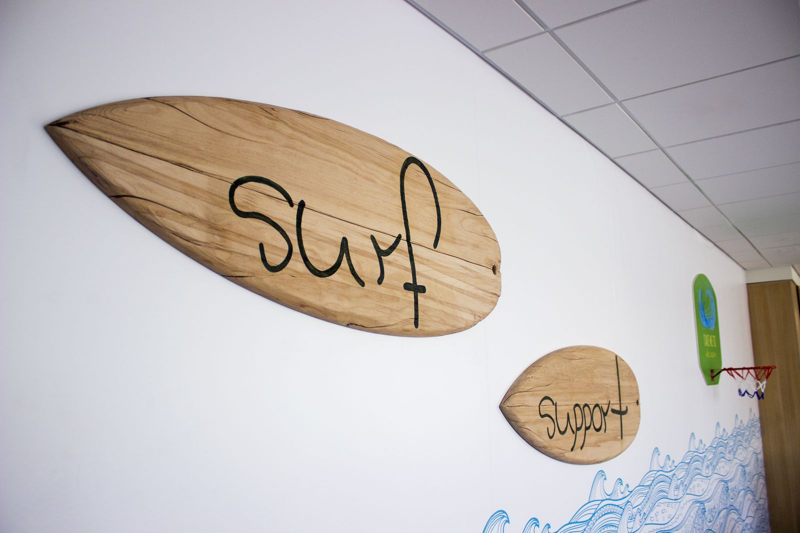 Decorative Wooden Surfboard Sign