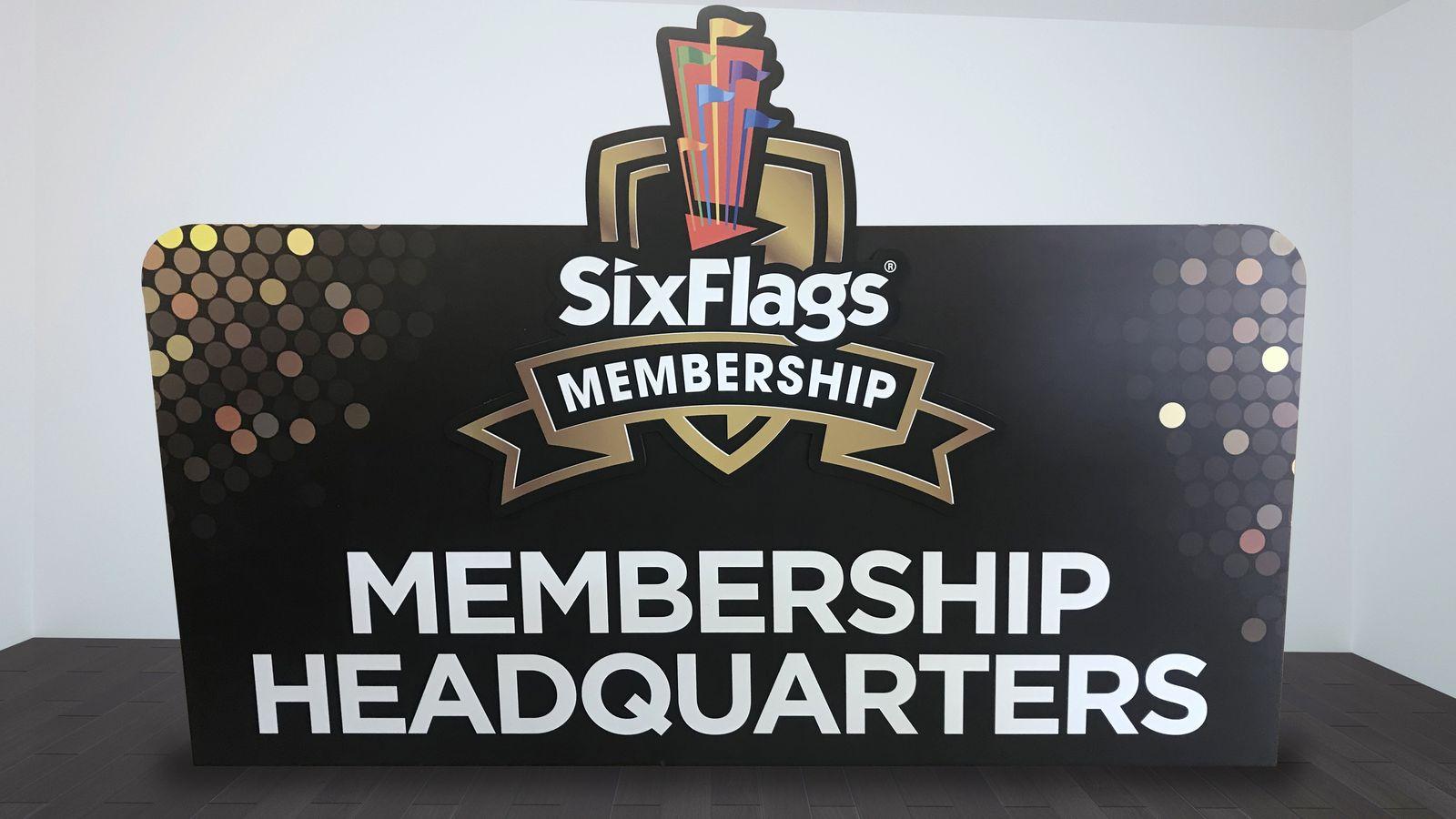 PVC stand sign for Six Flags amusement park