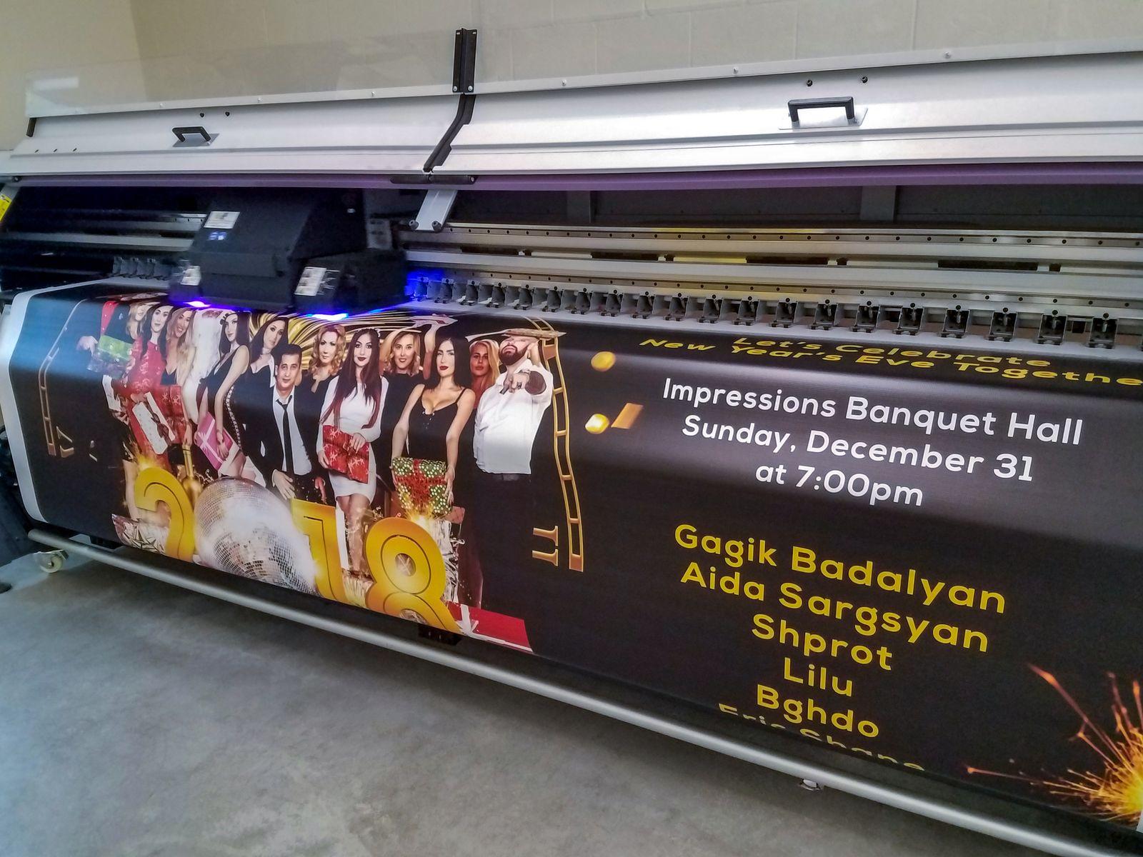 UV printing a vinyl banner