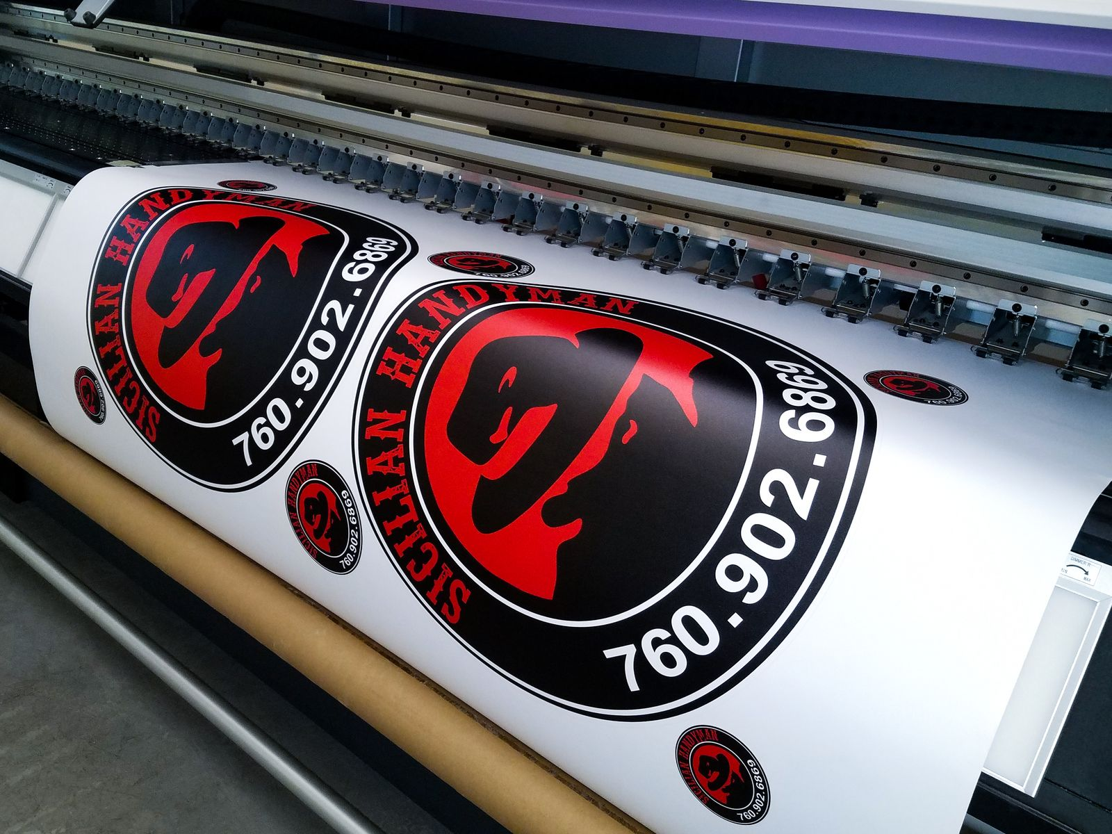 custom vinyl decal printing
