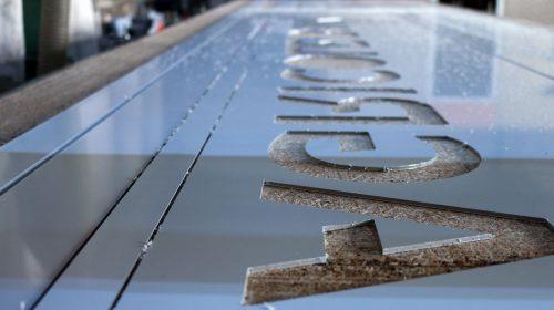 cut aluminum material