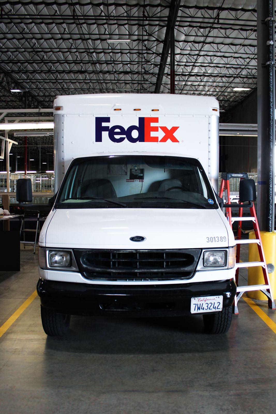 fedex truck wrap