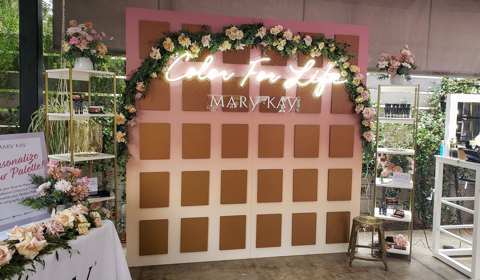 Mary Kay stand sign