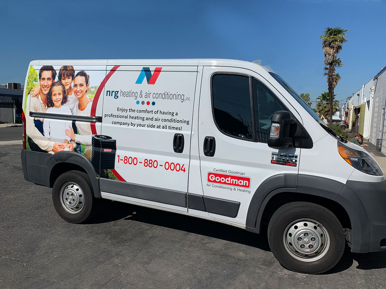 full van commercial wrapping