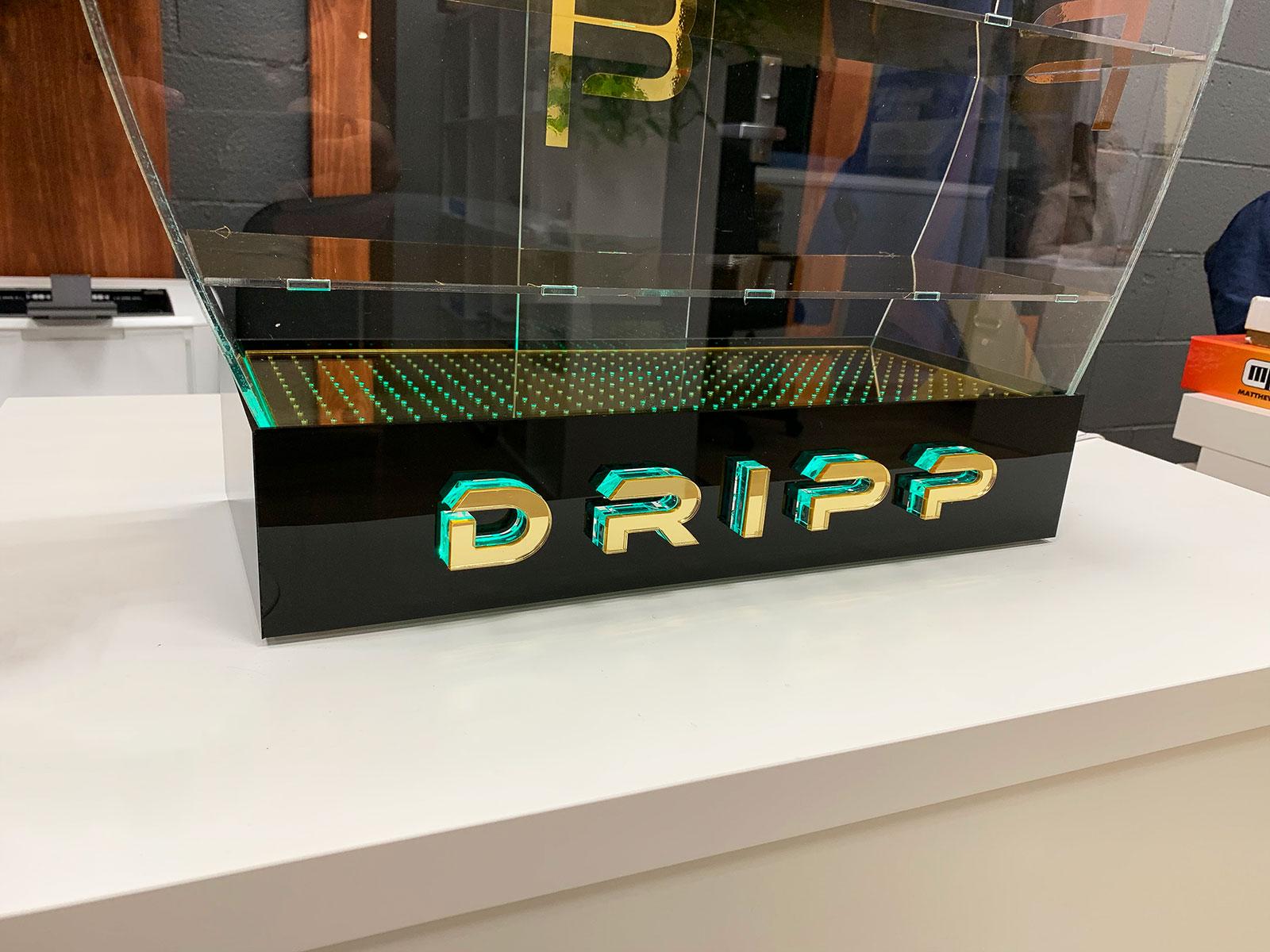 illuminated stand for dripp