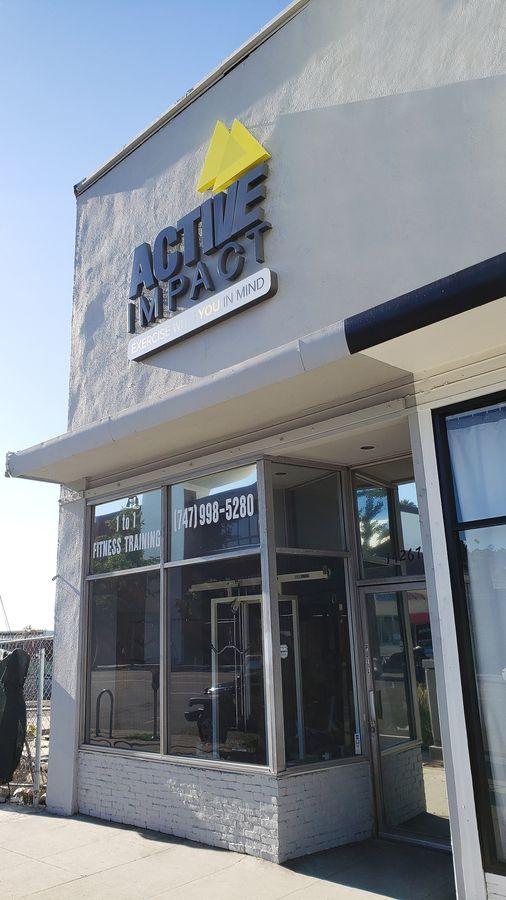 Storefront illuminated signage