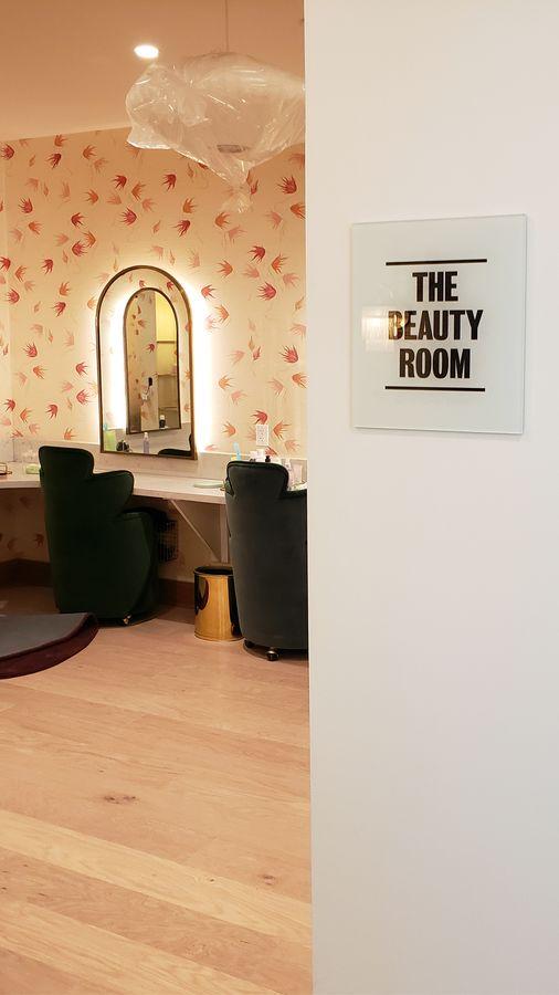 beauty salon acrylic sign