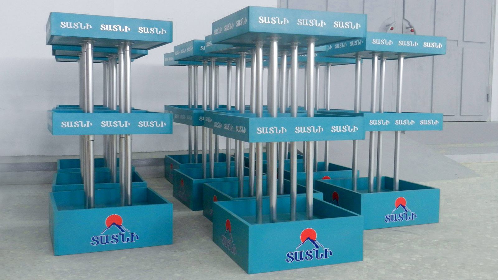 custom promotional stands