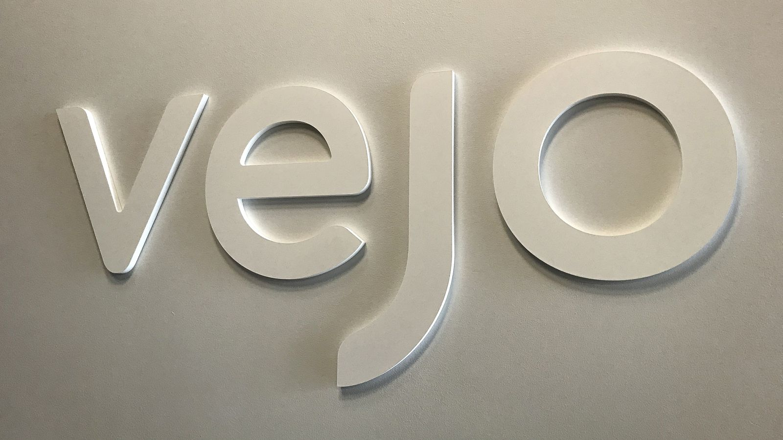 Vejo 3d office sign in white color in an elegant style made of PVC for interior branding