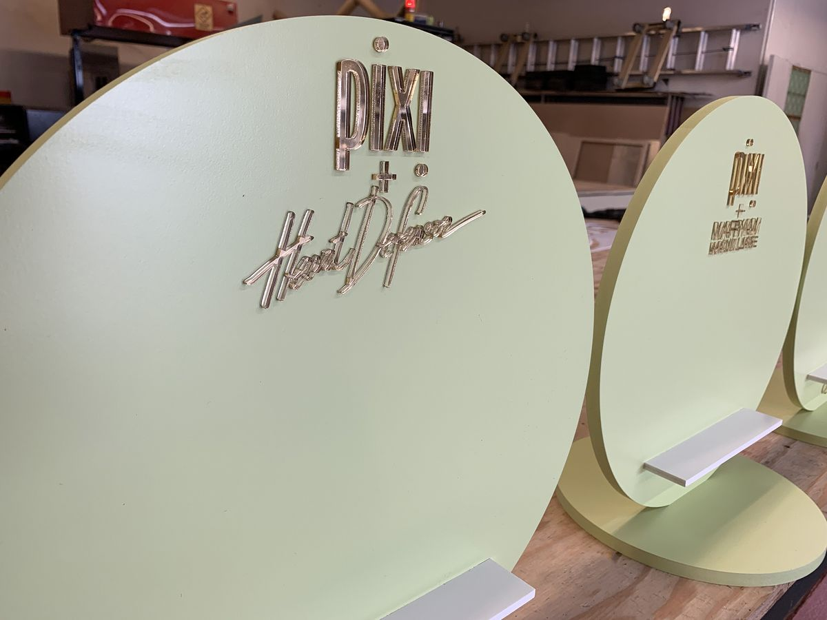 round pvc stands