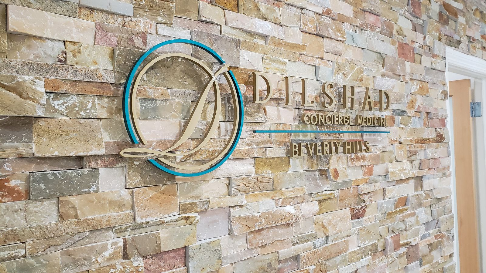 Dilshad Concierge Medicine 3d logo sign and letters displaying the company name made of acrylic for office interior branding
