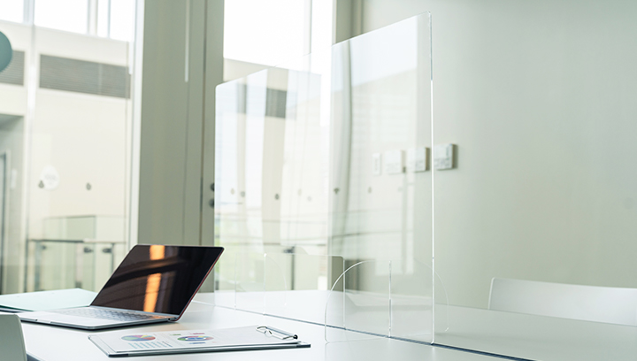 protective bank desk screens made of clear plastic
