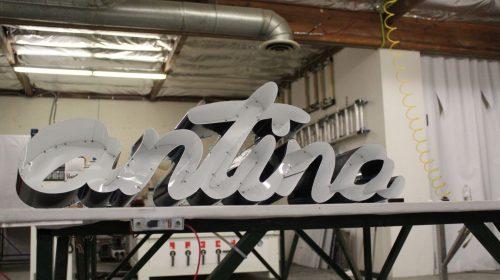 Antina aluminum 3D letters