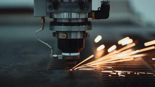 Laser cutting aluminum