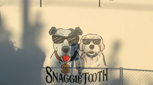 Snaggie Tooth wall decal