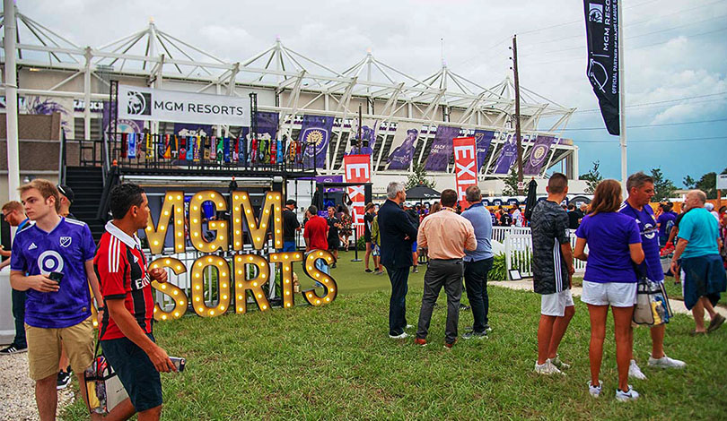 crowd at MGM Resorts sports event-Frontsigns