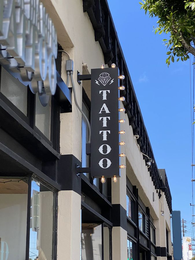 tattoo salon illuminated sign