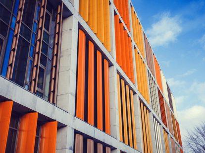 bank exterior design with aluminum structures