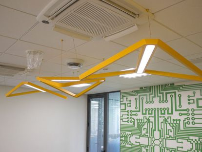 office space design idea with hanging structures-Frontsigns