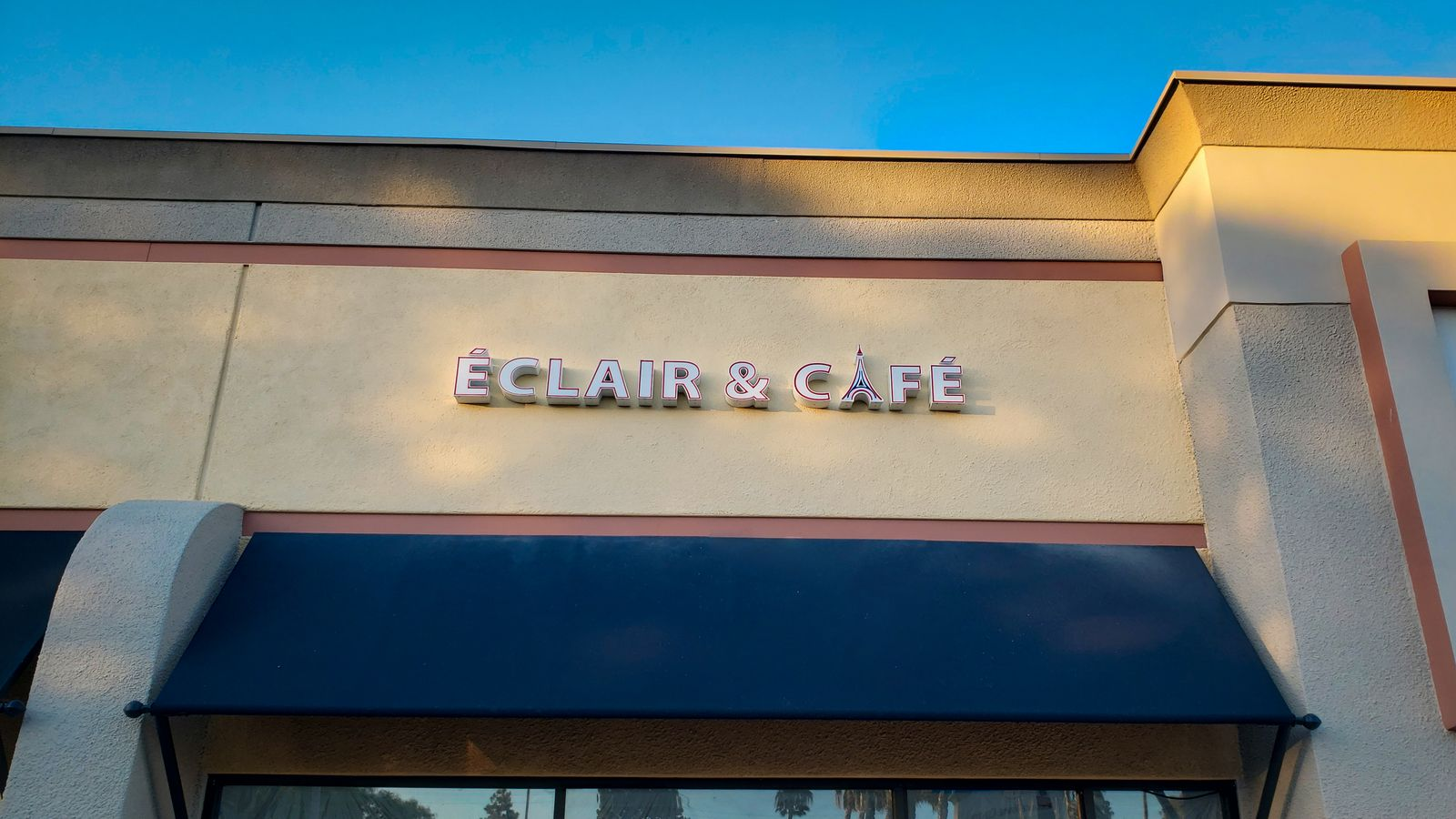 Eclair & Cafe Channel Letters