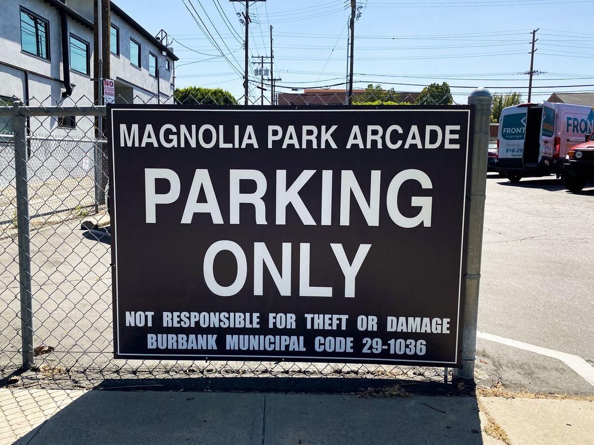 dibond parking sign