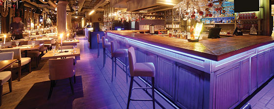 restaurant bar seating  area design idea