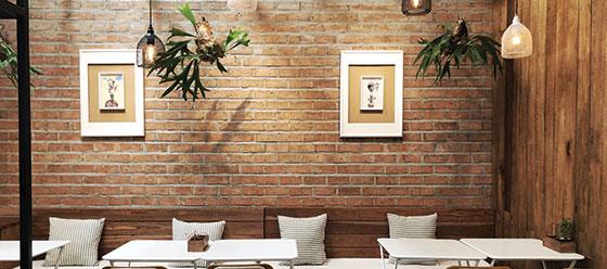 restaurant wall design solution with brick wallpaper